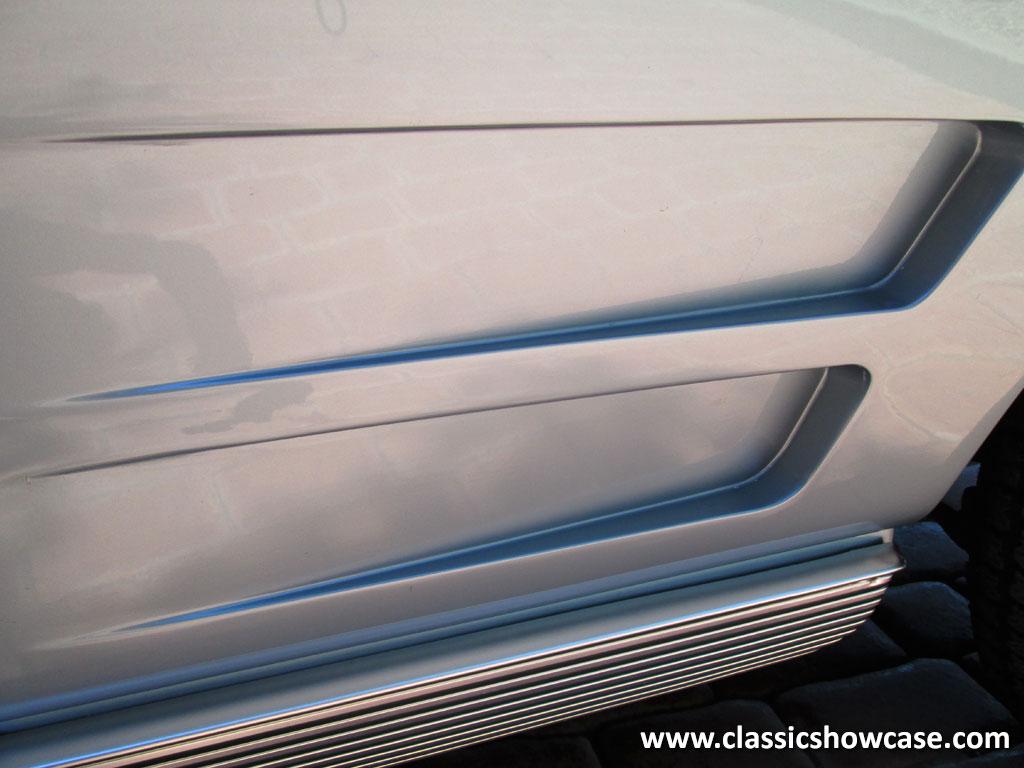 1963 Chevrolet Corvette Stingray Roadster by Classic Showcase