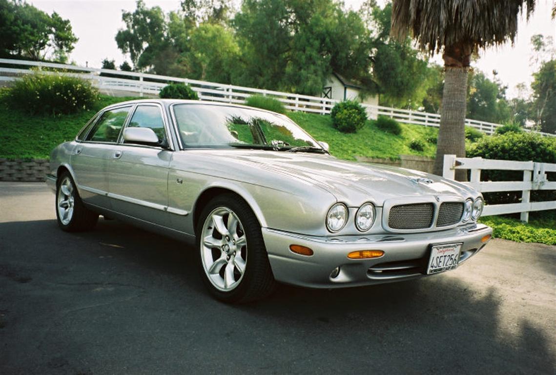 2001 jaguar xjr sedan