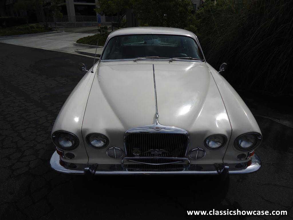 1965 Jaguar Mark X Sedan By Classic Showcase 2002 Infiniti Q45 Fuse Box