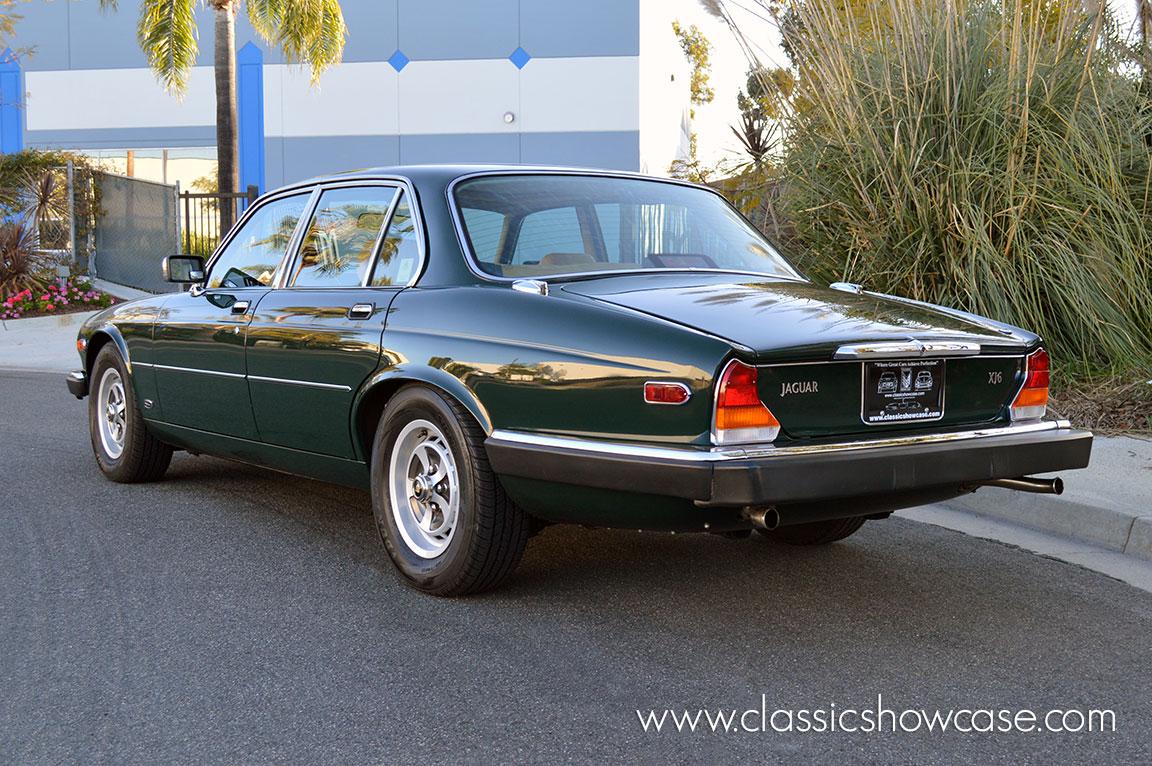 1986 jaguar xj6 series iii 4 2 sedan by classic showcase. Black Bedroom Furniture Sets. Home Design Ideas