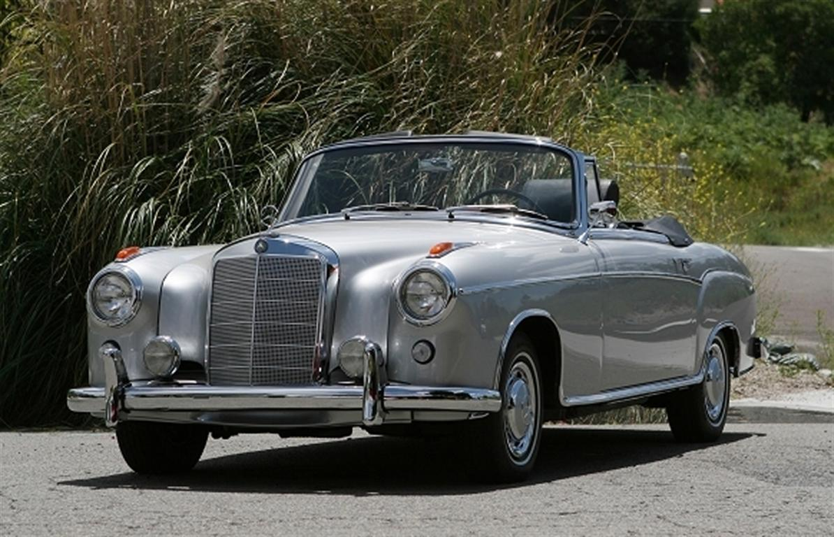 1960 mercedes benz 220 se convertible by classic showcase for Mercedes benz classic cars