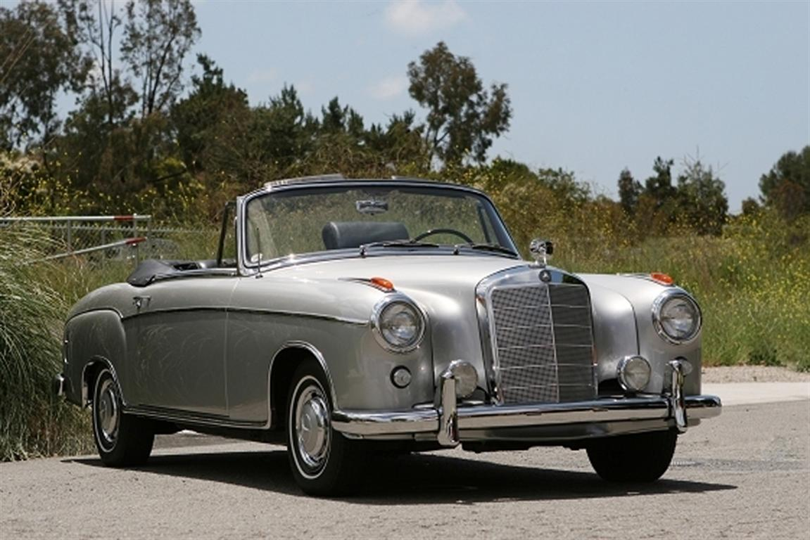 1960 mercedes benz 220 se convertible by classic showcase for Vintage mercedes benz