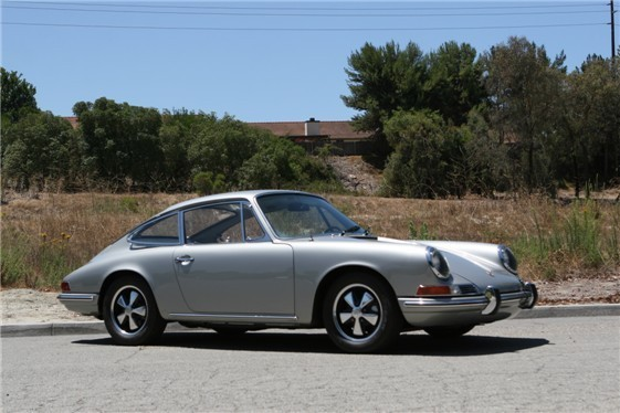 1967 porsche 911 coupe by classic showcase. Black Bedroom Furniture Sets. Home Design Ideas
