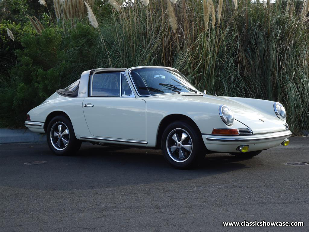 1967 porsche 911 targa by classic showcase. Black Bedroom Furniture Sets. Home Design Ideas